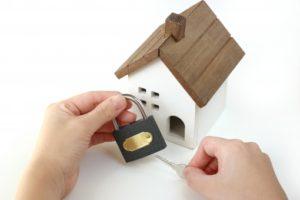 ホームセキュリティの料金比較!もっと安く抑止効果のある方法は?